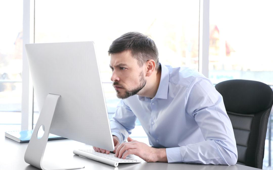 Le mal de dos est-il lié à de mauvaises postures ?
